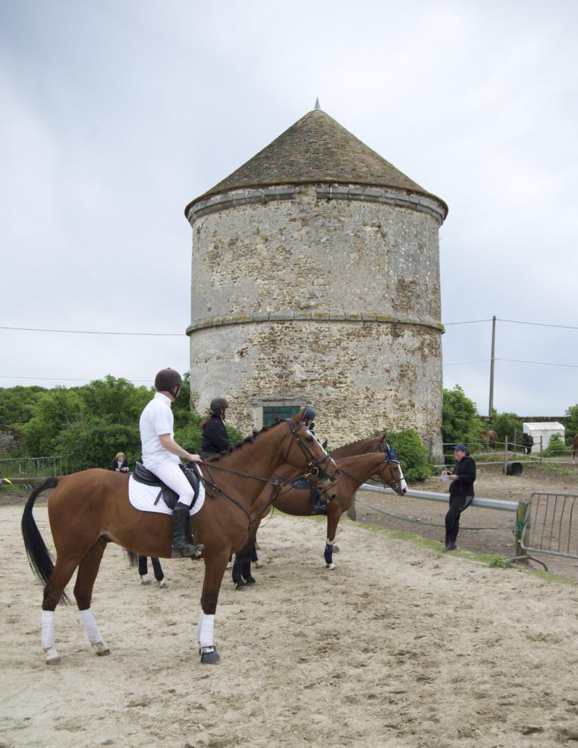 centre equestre janville